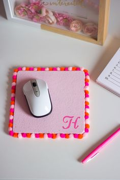 DIY Projects for Teenagers - Pom Pom Mouse Pad - Cool Teen Crafts Ideas for Bedroom Decor, Gifts, Clothes and Fun Room Organization. Summer and Awesome School Stuff http://diyjoy.com/cool-diy-projects-for-teenagers