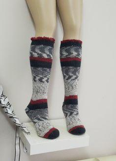 Hand knit knee socks. House knee socks. Woman girl by NesrinArt