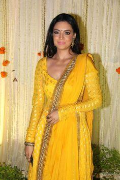 {Celebrity Wedding – Vivek Oberoi Priyanka Alva}