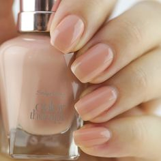 Sally Hansen Color Therapy 'Blushed Petal'
