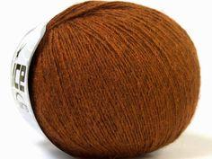 http://vividyarns.yarnshopping.com/artic-merino-copper-brown