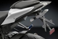 Włoska firma Rizoma produkująca akcesoryjne elmenty do motocykli uzupełnia swoją oferte o dodatki dla najnowszego streetfightera BMW S1000R. S1000r, Stationary, Bmw, Motorbikes