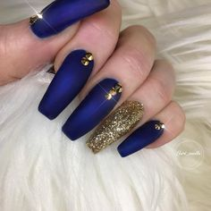40 Gorgeous Dark Blue Coffin Nail Designs You Must Try This Winter - Page 23 of Blue Gold Nails, Royal Blue Nails, Dark Blue Nails, Gold Acrylic Nails, Navy Nails, Blue Coffin Nails, Fabulous Nails, Gorgeous Nails, Cute Nails