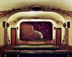 Old Movie Theaters Are Transformed Into Painterly Subjects In Katherine Newbegin's Photographs