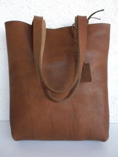 Great gift for sister or girlfriend. Super stylish and minimal leather tote. Highest quality, italian import brown leather – a unique product by rwoodb via en.DaWanda.com