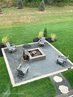 Modern home tour with beautiful neutral accents (Thrifty Decor Chick) Fire Pit Seating, Fire Pit Area, Backyard Seating, Backyard Patio Designs, Diy Fire Pit, Fire Pit Backyard, Fire Pit Gravel Area, Deck With Fire Pit, Fire Pit Decor