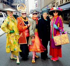 Idiosyncratic Fashionistas: Easter Parade 2015.  2016 in NYC sounds good to me!