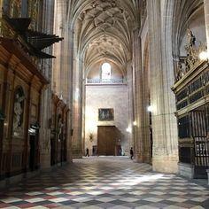 Inside... #cathedral #segovia #spain