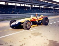 #18 KONSTANT HOT KURTIS/OFFY 1965 car 18 500 DRIVEN BY ARNIE KNEPPER AT THE 1965 INDIANAPOLIS 500