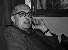 Jorge de Sena (1919 — 1978) foi poeta, crítico, ensaísta, ficcionista, dramaturgo, tradutor e professor universitário português.