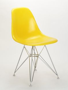 Charles & Ray Eames, Side Chair DSR (1950)