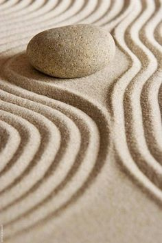 zen stone and sand Zen Meditation, Shades Of Beige, Beige Color, Beige Aesthetic, Land Art, Belle Photo, Neutral, Relax, Beautiful