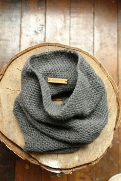 Cozy neck warmer from Hendrik.lou at Toque.  Yes, yes!
