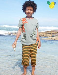 Jersey Baggies 22378 Shorts at Boden These are going to be perfect for my boy #bodeneasteregghunt