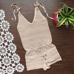 65 Ideas For Crochet Bikini Diy Dress Pants Crochet Pants, Crochet Beanie, Crochet Braids, Crochet Shawl, Blanket Crochet, Crochet For Beginners, Crochet For Kids, Crochet Bikini Top, Knit Crochet