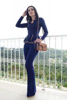 LUANA BALBINE- looks monocromaticos- monocromatic- mono- azul-todo color- beautifu- calça flare- peplum