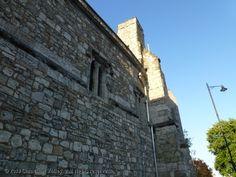 The Present Past: Southampton Castle    The Worm Hole