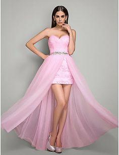 Fenomenales vestidos de fiesta con encaje | Moda y tendencias