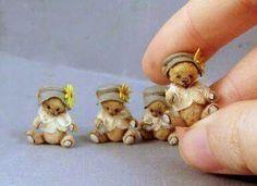 Sweet, sweet little bears Mini Teddy Bears, Vintage Teddy Bears, Dollhouse Dolls, Miniature Dolls, Tiny Teddies, Love Bear, Crochet Bear, Bear Doll, Cute Bears