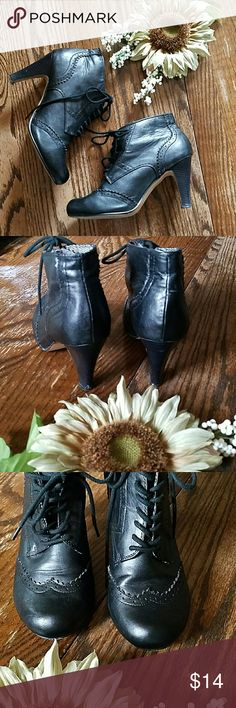Cropped Boots Cute lace up ankle boots made out of detailed faux leather. Cato Shoes Ankle Boots & Booties