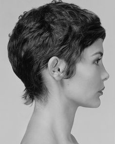 Audrey Tautou I wish my hair did this naturally.