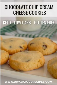 Cream Cheese Chocolate Chip Cookies Low Carb Dessert and baking Keto Cookies, Keto Chocolate Chip Cookies, Coconut Flour Cookies, Molasses Cookies, Healthy Cookies, Mint Chocolate, Chocolate Cake, Low Carb Sweets, Low Carb Desserts