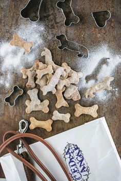 Gingerbread Cookies, Animals And Pets, Mystery, Desserts, Food, Gingerbread Cupcakes, Pets, Tailgate Desserts, Deserts