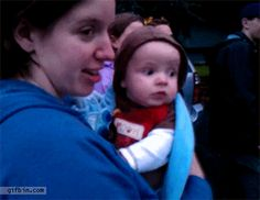 First time watching fireworks: | 18 Babies Experiencing Things For The First Time GIF