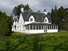 The Cottage, Oban, http://www.cottages-and-castles.co.uk/properties/Argyll-And-The-Isles/Argyll/Oban-And-Loch-Awe/The-Cottage--Inverinan-Mor*A765/
