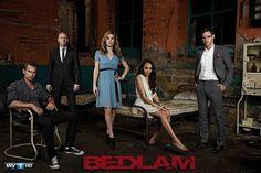 """Сериал """"Бедлам"""" рассказывает нам про больницу которая стала гостиницей для обычных людей. Но тут живут призраки людей которых мучили та"""