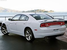 Dodge Charger 2011     http://divinumphoto.com