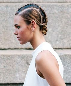 Gym-To-Work Hair That Looks AMAZING #refinery29  http://www.refinery29.com/workout-hairstyles-by-texture