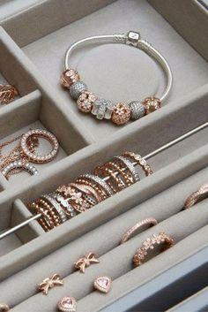 12 idées de Pandora. | bijoux pandora, accessoires bijoux, bijoux ...