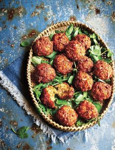 Try our halloumi balls recipe with carrots. This vegetarian balls recipe is an easy halloumi cheese fried balls recipe. Make our vegetarian halloumi recipe Carrot Recipes, Turkey Recipes, Veggie Recipes, Chicken Recipes, Vegetarian Recipes, Dinner Recipes, Cooking Recipes, Healthy Recipes, Oven Recipes