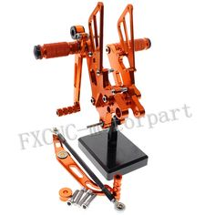 98.76$  Buy now - http://alinc6.worldwells.pw/go.php?t=32771380877 - FXCNC  Adjustable Rear Sets Foot Pegs Aluminum Alloy Fit For YAMAHA YZF R6  2006-2014 Orange