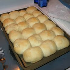 Old Plantation Rolls Recipe - Bread Recipes Biscuit Bread, Biscuit Recipe, Yeast Bread, Pan Rapido, Bread Recipes, Cooking Recipes, Cooking Bacon, Def Not, Bread And Pastries