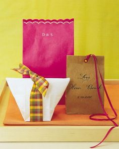 Gift Bags for Wedding Guests: Paper bags may seem like a casual way to package your welcome gifts, but you can elevate them by dressing them up with ribbons, monograms, and splashes of color. Paper Bag Gift Wrapping, Paper Gift Bags, Welcome Bags, Welcome Gifts, Wedding Favors, Wedding Gifts, Party Favours, Guest Gifts, Martha Stewart Weddings