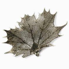 Sugar Canadian Maple Leaf Pendant & Chain