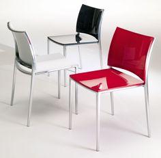 La vostra cucina moderna ha bisogno di sedie? Dal nostro outlet, in offertissima, la sedia Hola Bontempi, in alluminio! http://www.outletarredamento.it/sedie/hola-bontempi-sedia-O-14231.html #outletarredamento #cucina #sedie #offerteoutlet