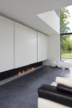 Fireplace - Residence DV-DR in Belgium by Anja Vissers Fireplace Feature Wall, Fireplace Tv Wall, Minimalist Fireplace, Modern Fireplace, Interior Design Lounge, Interior Decorating, Living Room Designs, Living Rooms, Interior Architecture