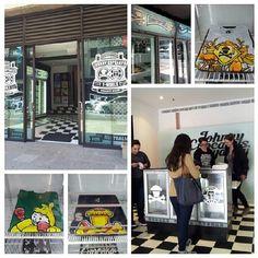 @Dennis Knetemann's #popupshop photo http://instagram.com/p/ZwgSUrJnyp/ #awesomepopups @Johnny Copperstone Cupcakes #sydney