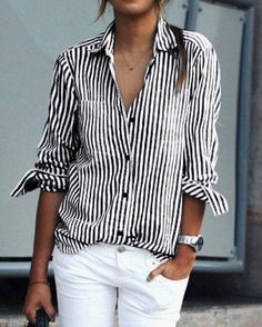 Chemise à rayures & jean blanc : combo incontournable de la rentrée ! #mode #tendance