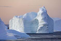 Amazing icebergs. Photo by Magnus Elander