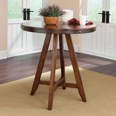 Breakfast nook, corner of the living room, compact kitchen - you'll love how this dining table is easy to fit anywhere.