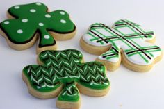 Fun St. Patrick's Day cookies Repinned By:#TheCookieCutterCompany