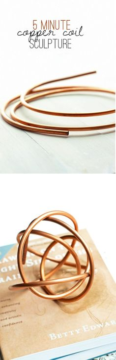 Want a chic home accessory in FIVE minutes? Here's a copper pipe sculpture tutorial for you to make now!  PIN NOW for later!