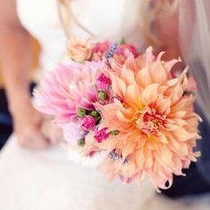 Simple but gorgeous floral inspiration over on Pinterest. . . . .  #merleandmorris #bridalshoes #alternativebride #bridalstyle #shoeaddiction #luxuryshoes #bridalmusings #bohobride #weddinggoals #shoegoals #iftheshoefits #luxurybride #alternativestyle #shoesday #bridalmusings #londonbride#shoesofinstagram #instawomen #brideinspiration #londonwedding #loveauthentic #shoeaddict #rocknroll #rocknrollbride #vintagewedding