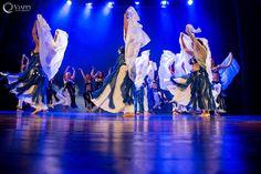 crea la tua coreografia di #danzadeventre con Chiara Aysel, tutta l' #estate ! info@spazioaries.it
