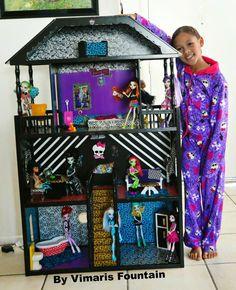 monster high doll house | Uploaded to Pinterest