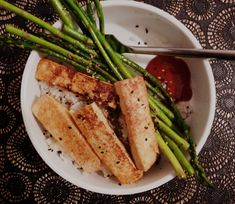 Super-Quick Tofu and Asparagus (plus tips for using tofu - freeze it first for better texture!)